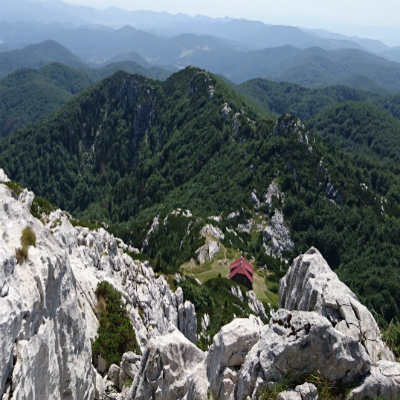 hiking-tours-image